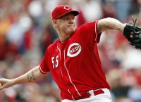 Reds trade starters Latos, Simon to Marlins, Tigers