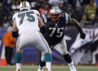 DT Wilfork signs with Texans
