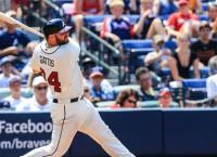 Braves trade Gattis to Astros