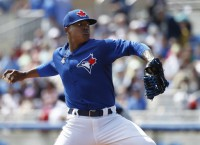 Jays' Stroman tears ACL, out for the season