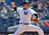 MLB News: Tanaka throws for first time since injury