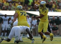 Oregon pulls away from MSU behind Mariota, defense
