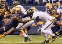 Notre Dame holds off scrappy Purdue 30-14