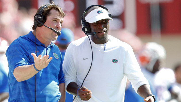 Florida AD to continue to evaluate Muschamp