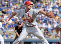 Cards' Wainwright throws bullpen session
