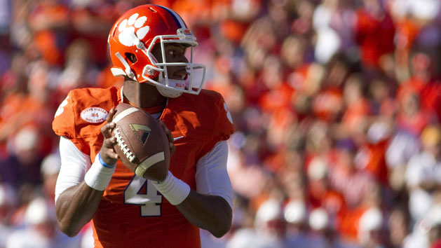 Clemson QB Watson out five weeks
