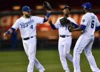 Royals edge Orioles, take 3-0 ALCS lead