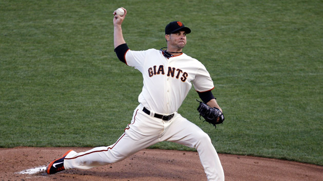 RHP Vogelsong re-signs with Giants