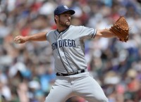 Cubs claim RHP Roach off waivers
