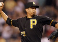 Rays sign reliever Frieri