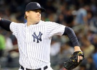 Yanks send Kelley to Padres for Barbato