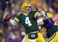 Favre inducted into Packers Halll of Fame