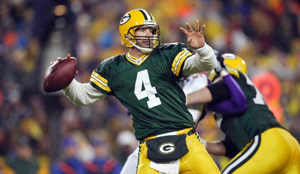 19f588f2db7 Favre's No. 4 to be retired Thanksgiving night | Lindy's Sports