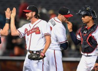 Braves win again on timely hitting, good pitching