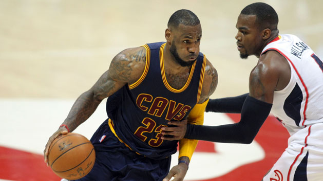 Cavaliers take Game 1 behind Smith, James
