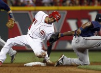 Hamilton swipes 4 in Reds 11-7 win over Twins