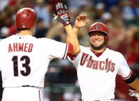 D-backs devour Dodgers' bullpen, rally for win